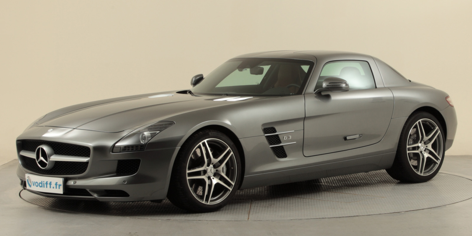 mercedes sls 63 amg coupe 571 cv neuf 211 300 euros occasion. Black Bedroom Furniture Sets. Home Design Ideas